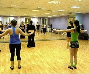 Школа танцев Expression Dance Studio на метро Гостиный двор