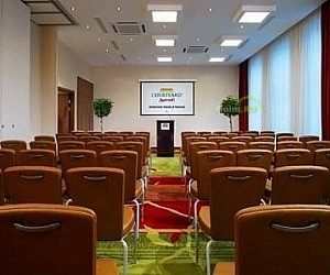 Отель Courtyard Marriott Moscow Paveletskaya